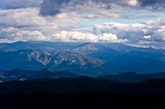 Landschap van Radocelo-berg met donkere wolken vóór een onweer Royalty-vrije Stock Foto