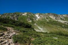 Landschap van Rila Mountan dichtbij, de Zeven Rila-Meren, Bulgarije Royalty-vrije Stock Fotografie