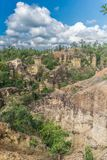 Landschap van rotsachtige berg bij het Nationale Park van Pha Chor, Thailand stock foto's