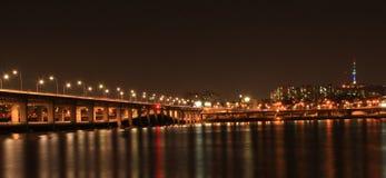 Landschap van Seoel bij nacht Stock Afbeelding