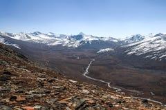 Landschap van sneeuw afgedekte bergketen Een mening van Babusar-Pas pakistan royalty-vrije stock fotografie