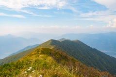 Landschap vanaf de bovenkant van een berg Royalty-vrije Stock Afbeelding