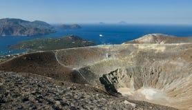 De krater van Vulcan met mening. Royalty-vrije Stock Afbeeldingen