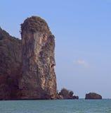 Landschapsklip bijna Ao Nang in Krabi-provincie stock afbeeldingen