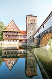 Landschapsmening over de rivieroever in Nurnberg, Duitsland stock fotografie