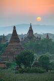 Landschapsmening van Bagan-ruïnes bij zonsondergang, Myanmar Royalty-vrije Stock Afbeelding
