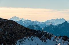 Landschapsmening van Kaiseregg-Piek over de Zwitserse en Franse Alpen, Zwitserland royalty-vrije stock foto