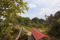 Landscpe cingalês cênico pelo lago Sorabora Fotos de Stock