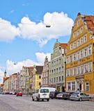 Landshut Tyskland - färgrik sikt av centret med beautien Fotografering för Bildbyråer