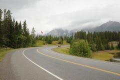 landshuvudväg kananaskis Arkivfoto