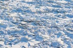 Landskap av abstrakt textur av den brutna isen Royaltyfria Bilder