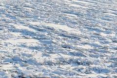 Landskap av abstrakt textur av den brutna isen Arkivfoton