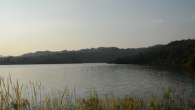 Landskap av berget i den Wang Bon behållaren Thailand arkivfilmer