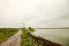 Landskap av bergskedjorna av västra Ghats på tillståndet av maharashtraen nära wakandafördämningen i Indien fotografering för bildbyråer