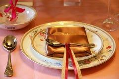 Landskap av bordsservisen av den äta middag tabellen Fotografering för Bildbyråer