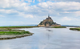Landskap av Brittany och Mont Saint-Michel, Frankrike Royaltyfria Bilder