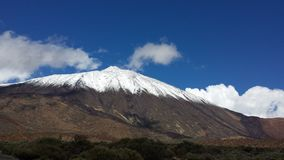 landskap av Canadas del Teide i vinter Arkivfoton