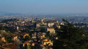 Landskap av Citta Alta i Bergamo Arkivbilder
