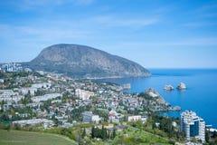 Landskap av Crimean berg Royaltyfri Bild