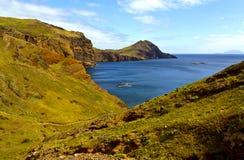 Landskap av dalen till havet Arkivbild