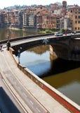 Landskap av den Arno flodstranden, Florence Fotografering för Bildbyråer