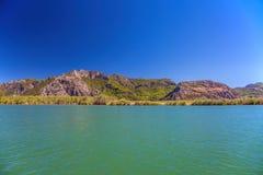 Landskap av den Dalyan floden royaltyfri fotografi