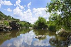 Landskap av den Degebe floden royaltyfria foton