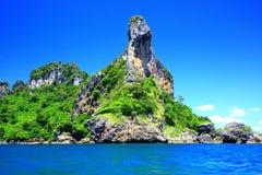 Landskap av den Koh Kai ön Arkivfoto