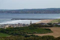 Landskap av den Portstewart staden som är nordligt - Irland fotografering för bildbyråer
