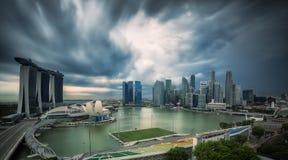 Landskap av den Singapore staden i dagmorgontid arkivbilder