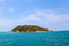 Landskap av den tropiska östranden med himmel Fotografering för Bildbyråer