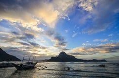 Landskap av det tropiska havet i Palawan, Filippinerna Royaltyfri Bild