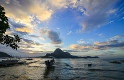 Landskap av det tropiska havet i Palawan, Filippinerna Arkivfoton