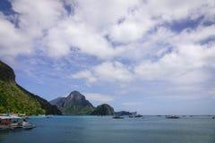 Landskap av det tropiska havet i Palawan, Filippinerna Royaltyfria Foton