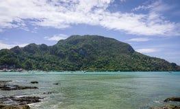 Landskap av det tropiska havet i Palawan, Filippinerna Royaltyfria Bilder