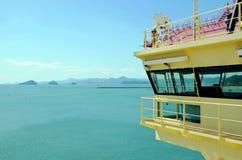 Landskap av ingången till havsporten i Busan, Sydkorea arkivbild