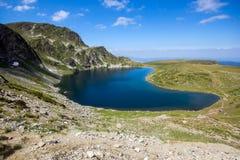Landskap av njure sjön, de sju Rila sjöarna, Bulgarien Arkivfoto