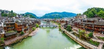 Landskap av Phoenix forntida townFenghuang, Hunan, Kina fotografering för bildbyråer