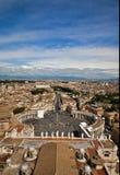 Landskap av Rome från kupol av St Peter Arkivbild
