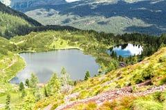 Landskap av sjön Colbricon, trentino - Italien Arkivbilder