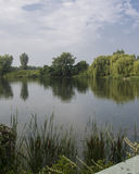 Landskap av sjön och himlar Royaltyfria Foton