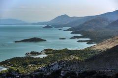 Landskap av Skadar sjön i Montenegro royaltyfri bild