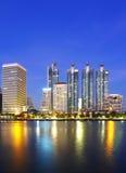 Landskap den Bangkok staden på skymningen Royaltyfria Foton