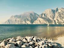 Landskap destination för lopp för sjö panorama- arkivbilder