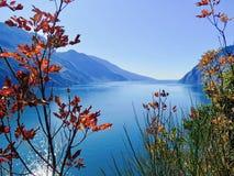 Landskap destination för lopp för sjö panorama- royaltyfri foto