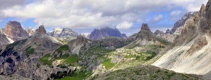 Landskap Dolomity - Tre Cime di Lavaredo Royaltyfria Bilder