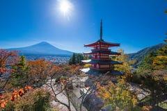 Landskap för Fuji vulkanberg i höst i den mest härliga sikten royaltyfri fotografi