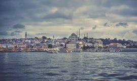 Landskap för havsframdel av Istanbul den historiska delen Havssikt av Istanbul Turkiet loppbegrepp Fotografering för Bildbyråer