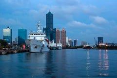 Landskap för Kaohsiung hamnskymning Arkivfoto