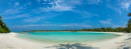 Landskap för Maldiverna härligt strandpanorama Royaltyfria Foton
